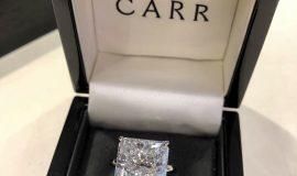 Large Glamorous Diamond Ring