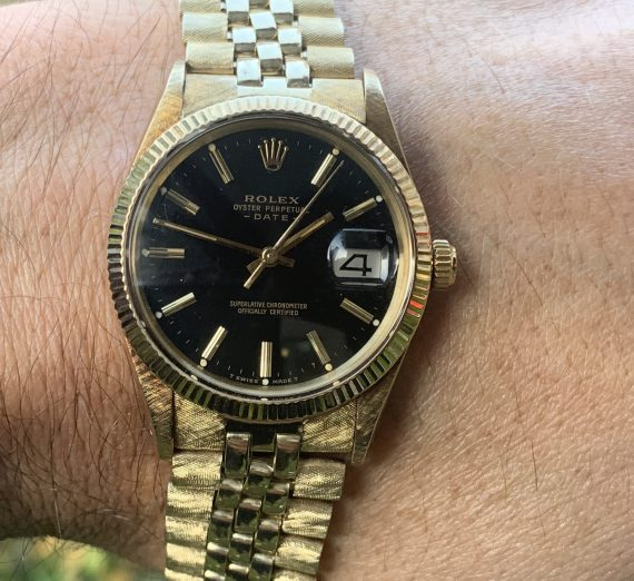 Vintage Rolex Gold oyster perpetual date model from 1981 1
