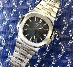 PATEK PHILLIPE STAINLESS STEEL 5711/1A-010