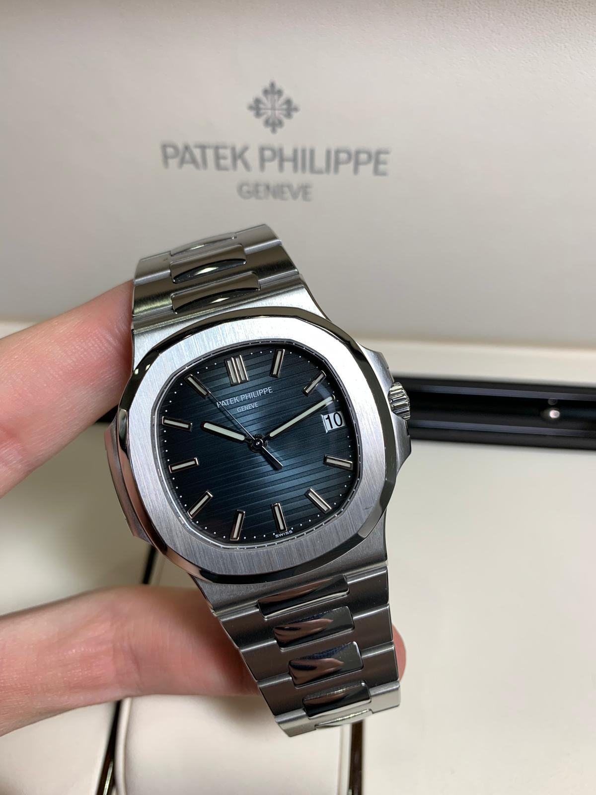 Patek Philippe Nautilus 5711 1a 010 In Stainless Steel Blue Dial