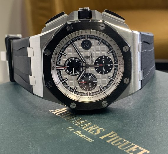 AUDERMARS PIGUET ROYAL OAK OFF SHORE CHRONOGRAPH CERAMIC BEZEL FROM 2016 1