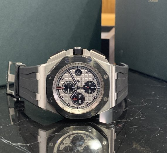 AUDERMARS PIGUET ROYAL OAK OFF SHORE CHRONOGRAPH CERAMIC BEZEL FROM 2016 5