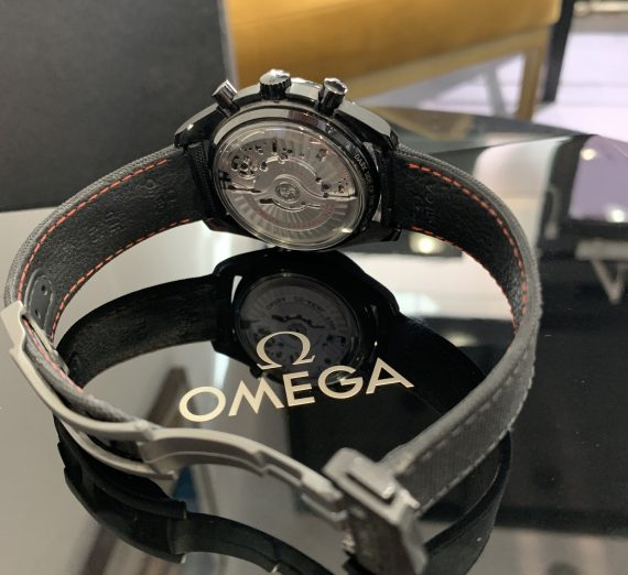 OMEGA SPEEDMASTER DARK SIDE OF THE MOON 31192445101005 5