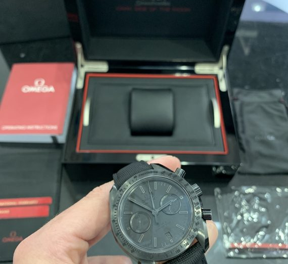 OMEGA SPEEDMASTER DARK SIDE OF THE MOON 31192445101005 7