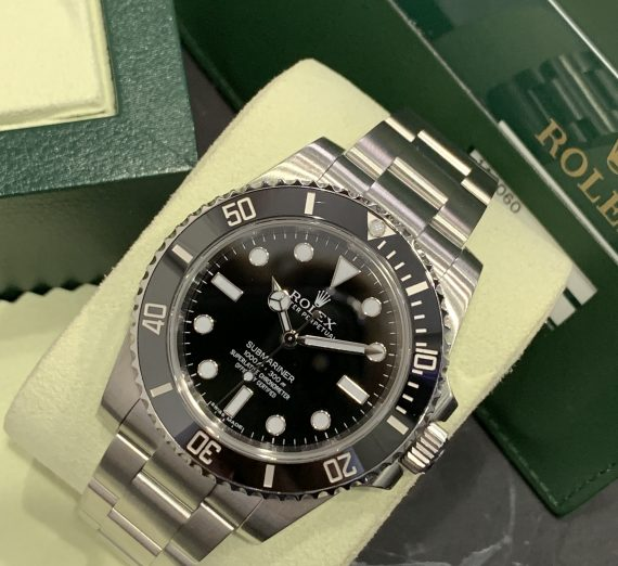 ROLEX SUBMARINER NON DATE STAINLESS STEEL 114060 2