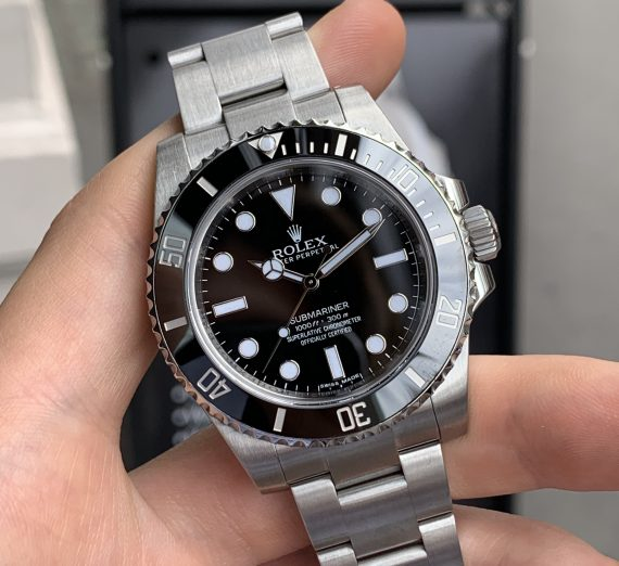 ROLEX SUBMARINER NON DATE STAINLESS STEEL 114060 4