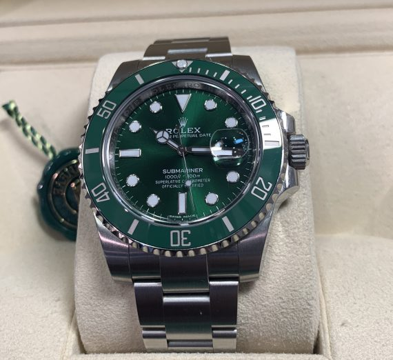 Rolex Hulk Submariner green dial and bezel 116610LV 6