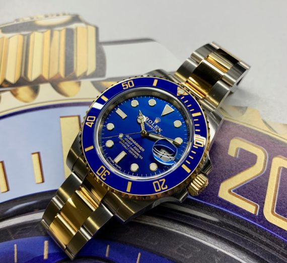A 2019 ROLEX SUBMARINER STEEL AND GOLD 116613LB 5