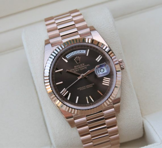 Rolex Day-Date 40 Everose / Chocolate Roman - 228235 1