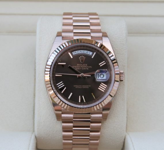 Rolex Day-Date 40 Everose / Chocolate Roman - 228235 2
