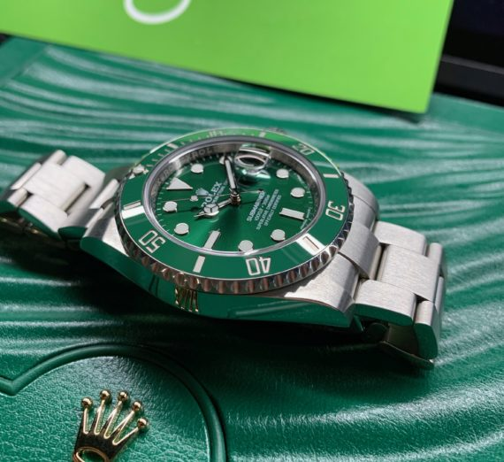 ROLEX HULK SUBMARINER GREEN DIAL AND BEZEL 116610LV 41