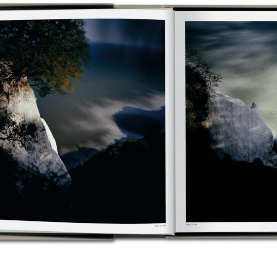 Darren Almond. Fullmoon, Art Edition No. 1–60 'Fullmoon@Horseshoe Bend' Edition of 60 3
