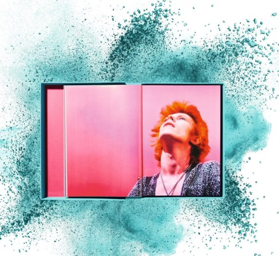 Mick Rock. David Bowie, Art Edition No. 101–200, 'Scotland, May 1973' Edition of 100 4