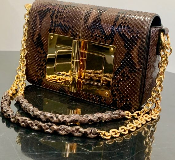 A LADIES TOM FORD HANDBAG 9