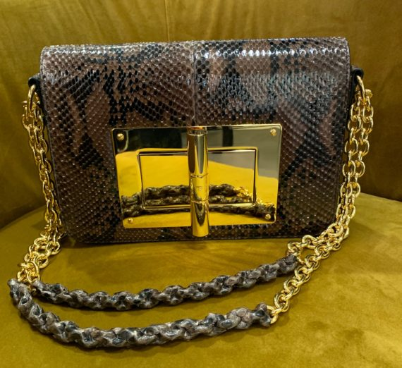 A LADIES TOM FORD HANDBAG