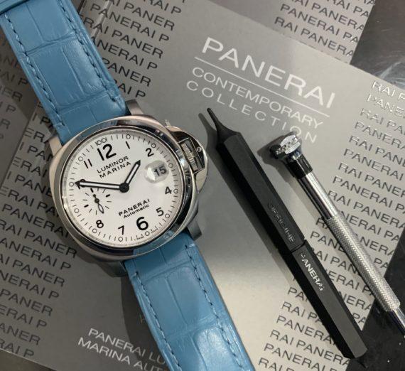 A PANERAI WHITE DIAL MODEL PAM 0049 9