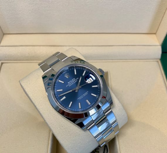BRAND NEW ROLEX DATEJUST BLUE DIAL 3