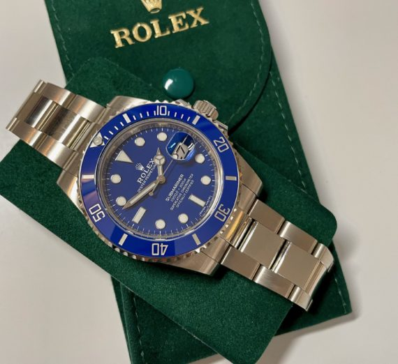 ROLEX SUBMARINER 18CT WHITE GOLD BLUE DIAL 116619LB 11